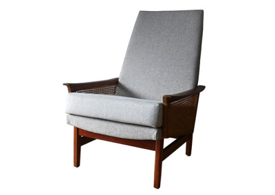 Ellie's Upholstery & Furniture - Fler Line Lounge Chair