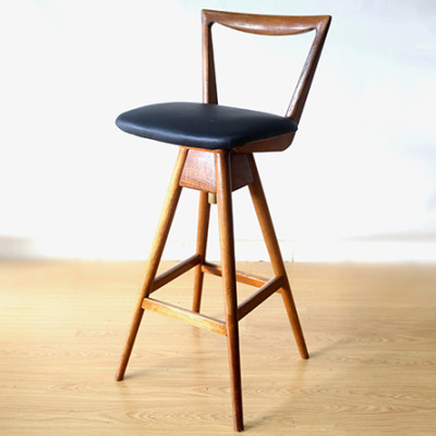 Ellie's Upholstery & Furniture - TH Brown Stool