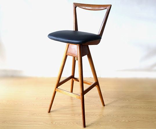 Th Brown Stool Ellie S Upholstery Furniture